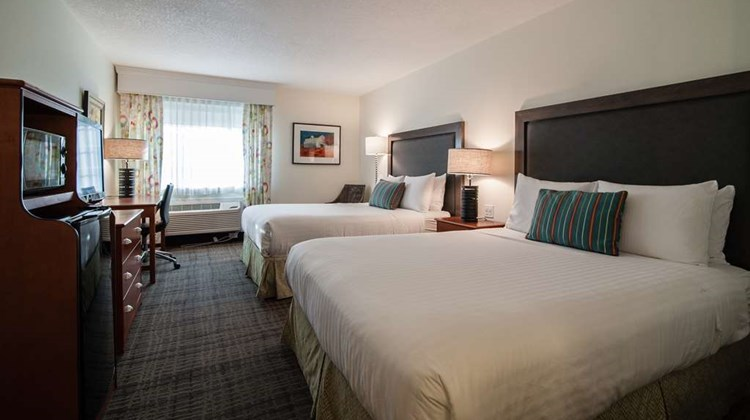 Best Western Plus University Park Suites Room