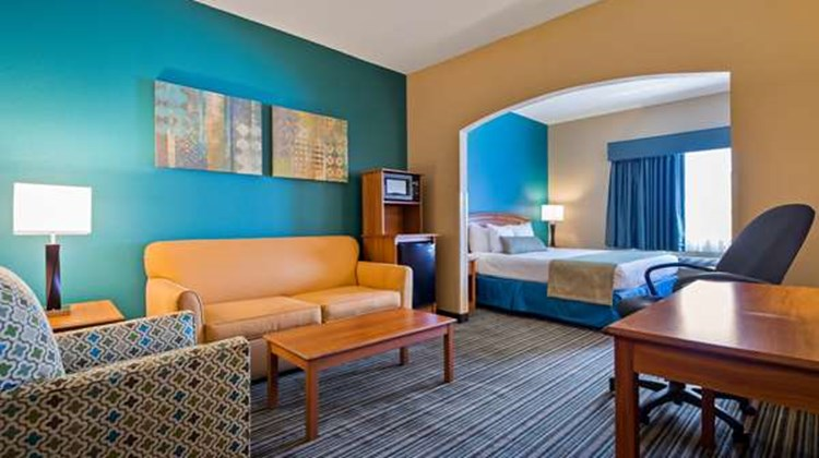 Best Western Governors Inn & Suites Suite