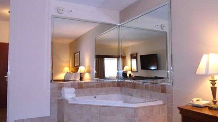 Best Western River Cities Suite