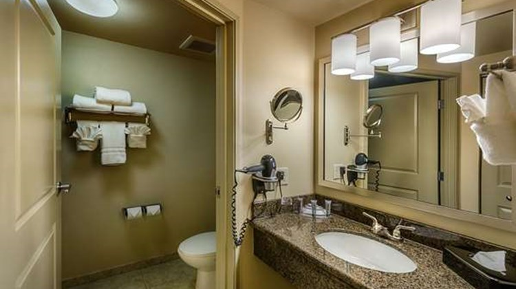 Best Western Plus Chena River Lodge Room