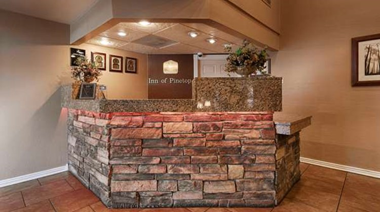 Best Western Inn of Pinetop Lobby