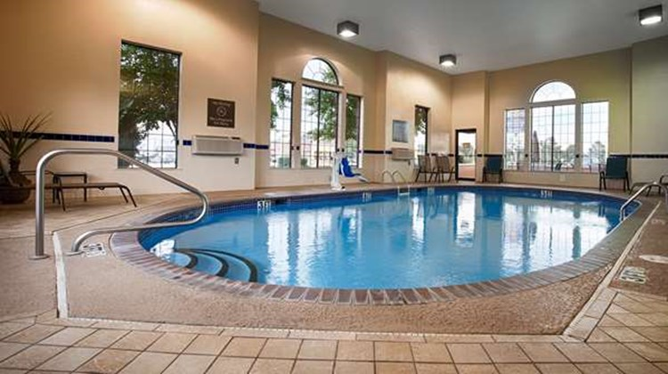 Best Western Plus Lonoke Hotel Pool