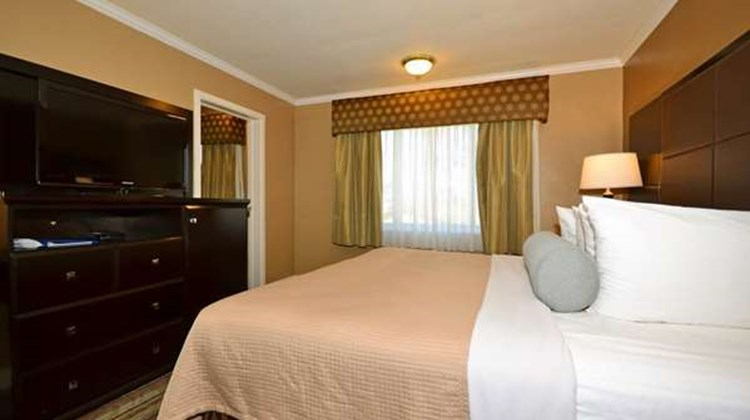 Best Western Carmel's Town House Lodge Room