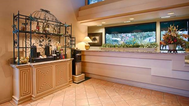 Best Western Plus Black Oak Lobby