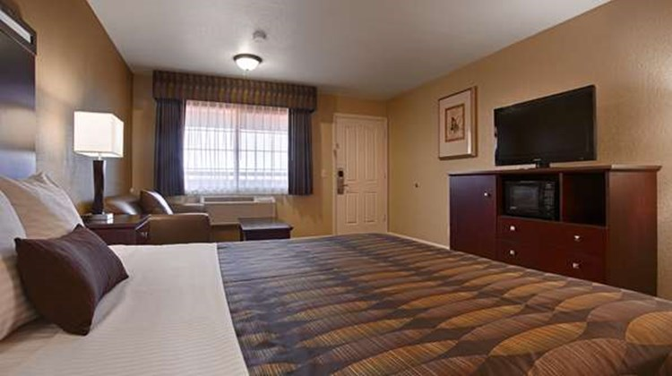 Best Western Anderson Inn Room