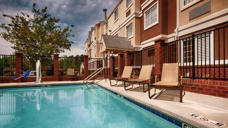 Best Western Plus Inn & Stes Pool