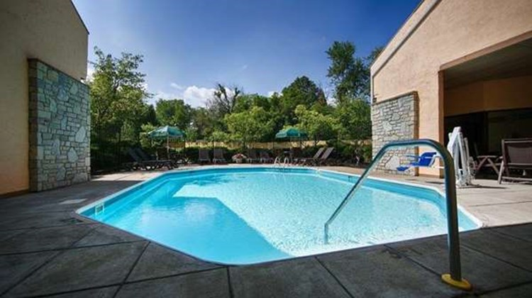 Best Western Clermont Pool
