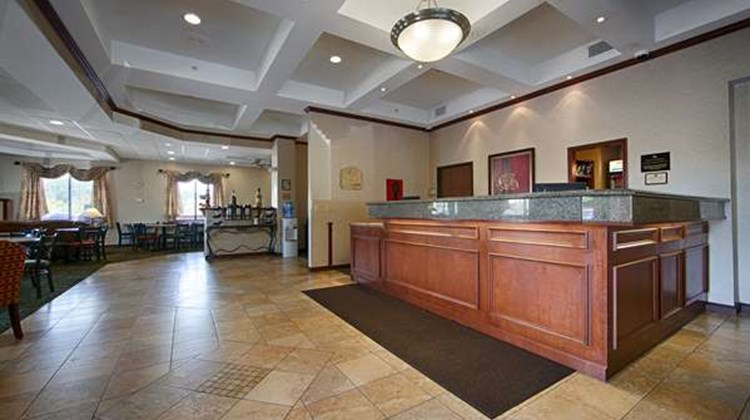 Best Western Port Columbus Lobby