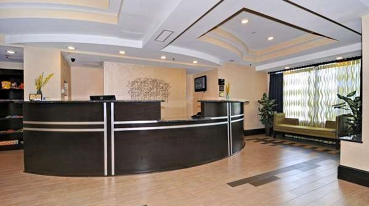 Best Western Plus Columbia North East Lobby