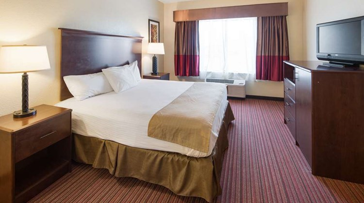 Best Western Palace Inn & Suites Room