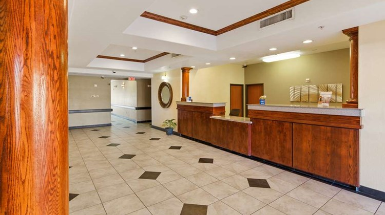 Best Western Palace Inn & Suites Lobby