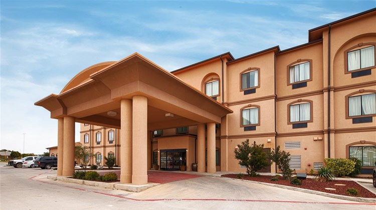 Best Western Palace Inn & Suites Exterior