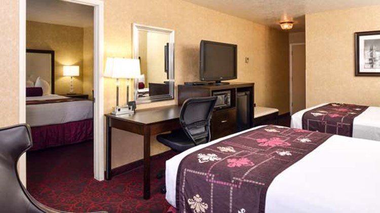 Best Western Coral Hills Suite