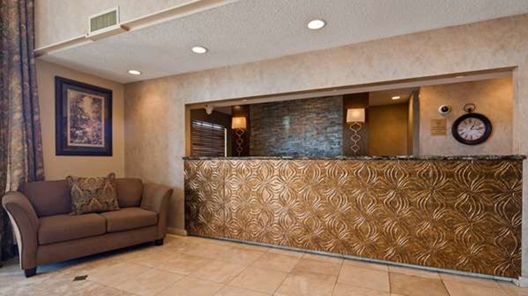 Best Western Inn Suites & Conference Ctr Lobby