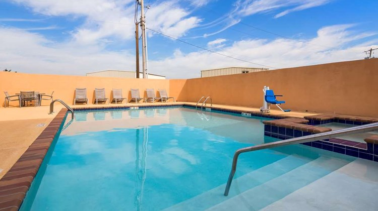 Best Western Abbeville Inn & Suites Pool