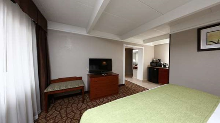 Best Western Hospitality Hotel & Suites Suite