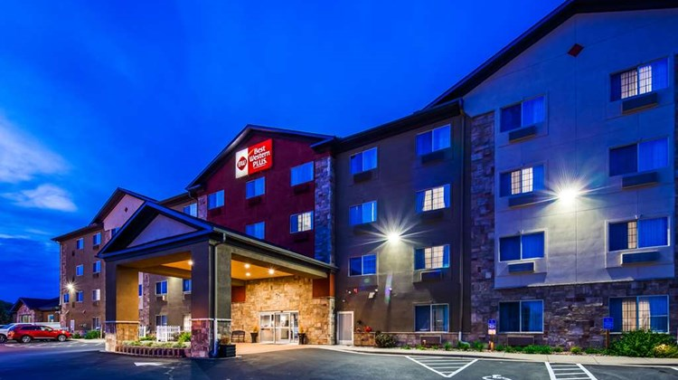 Best Western Plus Blaine, Natl Sports Ct Exterior