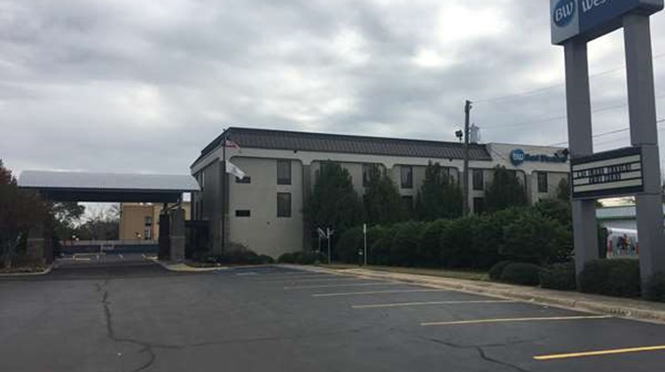 Best Western Laurel Inn Exterior