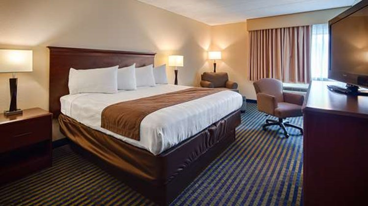 Best Western Burlington Inn Room