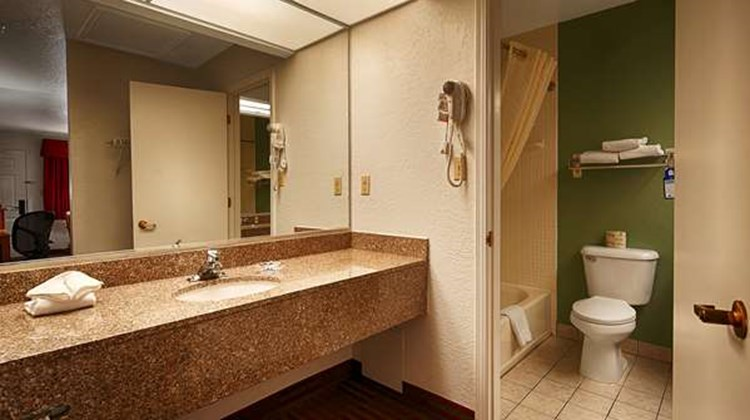 Best Western Santa Rosa Inn Room