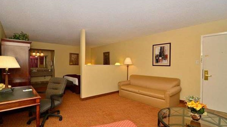 Best Western Pine Springs Inn Suite