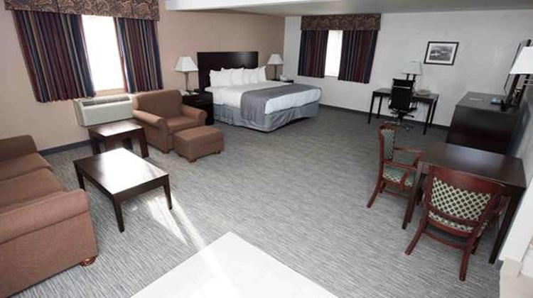 Best Western New Baltimore Inn Suite