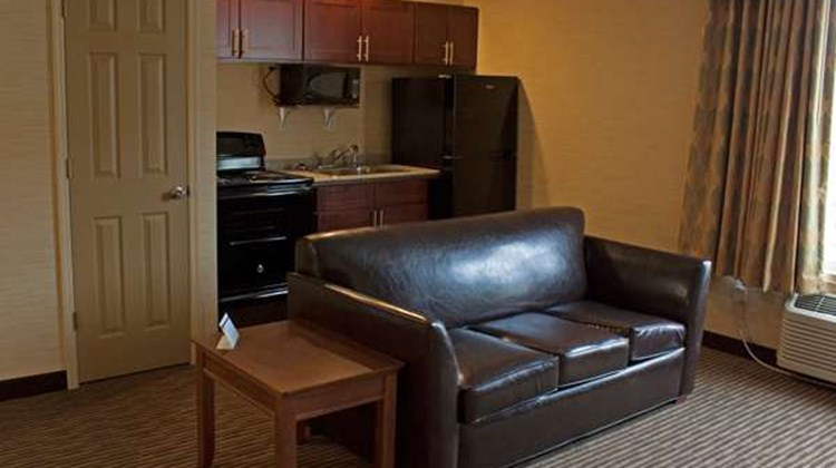Best Western Plus Saratoga Springs Suite