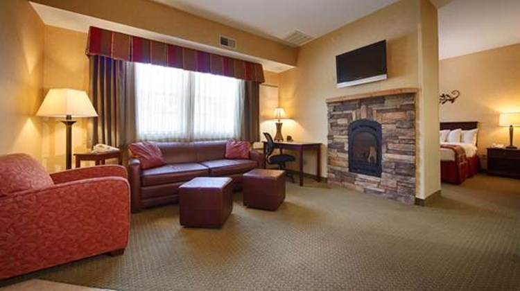 Best Western Plus Ticonderoga Inn & Stes Suite