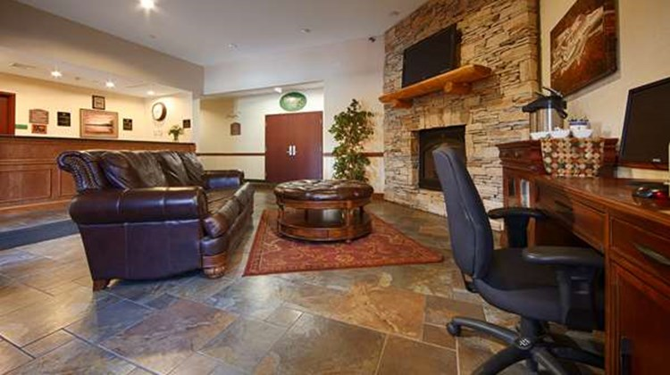 Best Western Plus Ticonderoga Inn & Stes Lobby