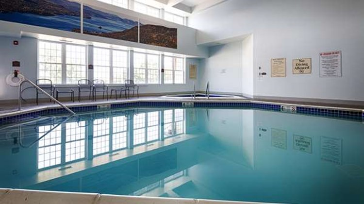 Best Western Plus Ticonderoga Inn & Stes Pool