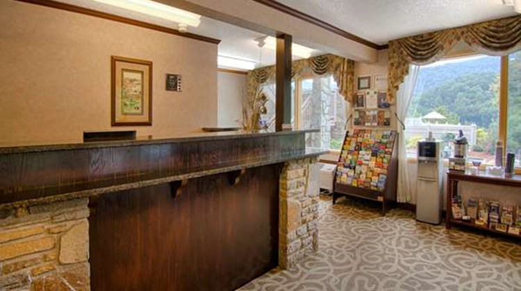 Best Western Smoky Mountain Inn Lobby