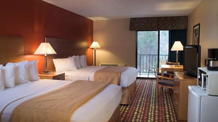 Best Western Ambassador Inn & Suites Room