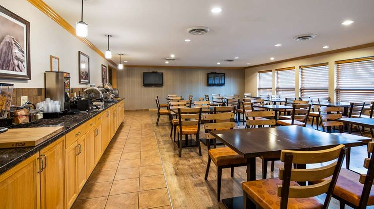 Best Western Plus Country Meadows Inn Restaurant
