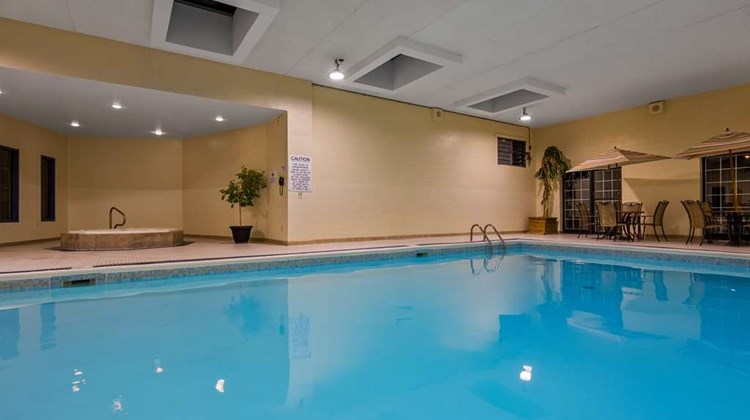 Best Western Plus Otonabee Inn Pool