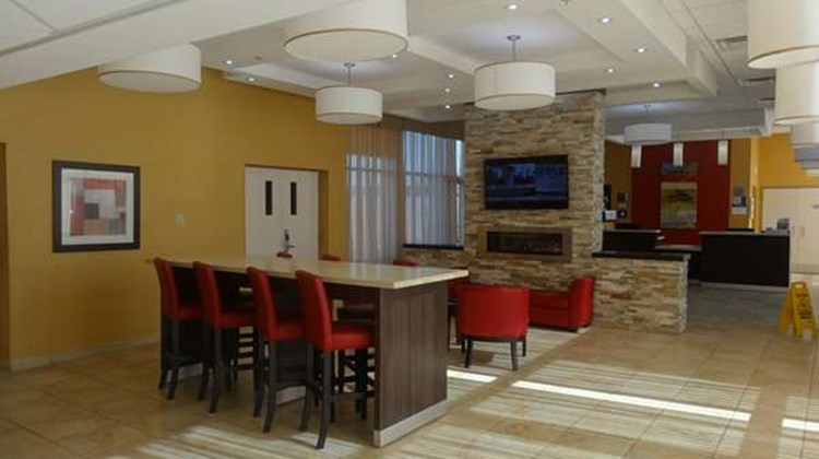 Best Western Plus Bowmanville Lobby