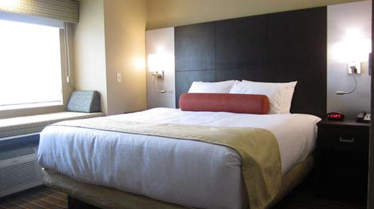Best Western Plus Woodstock Inn & Suites Suite
