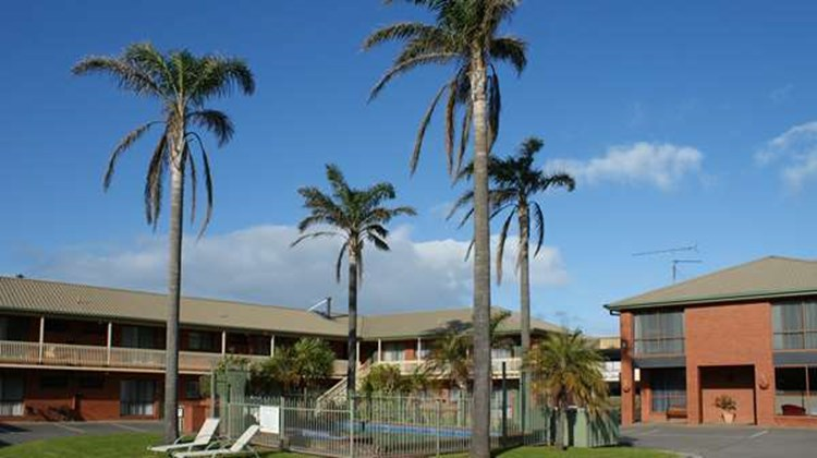 Best Western Apollo Bay and Apartments Exterior