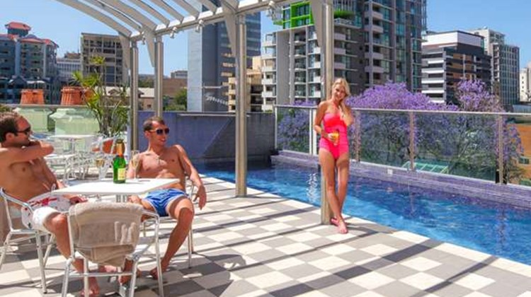 Best Western Astor Metropole & Apartment Pool