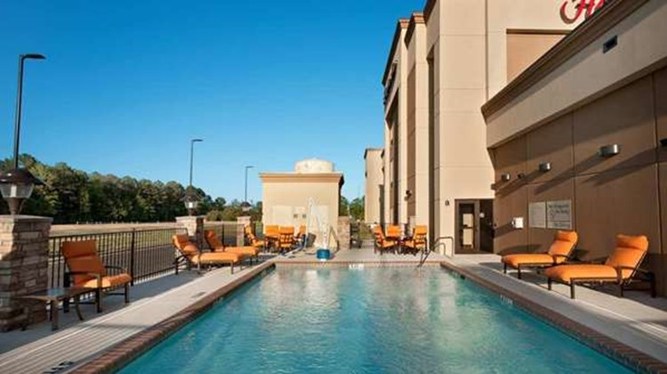 Hampton Inn Magnolia Pool