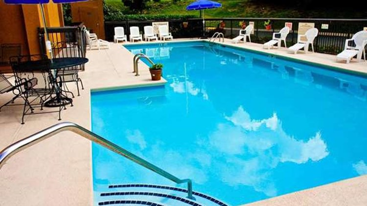 Hampton Inn Nashville Hickory Hollow Pool