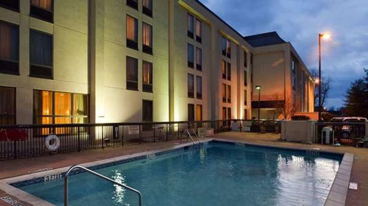 Hampton Inn by Hilton Bowling Green Pool