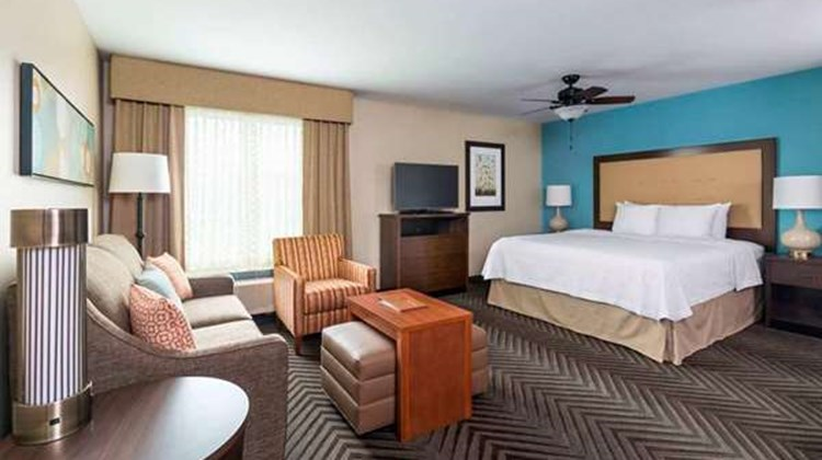 Homewood Suites by Hilton Akron Fairlawn Suite