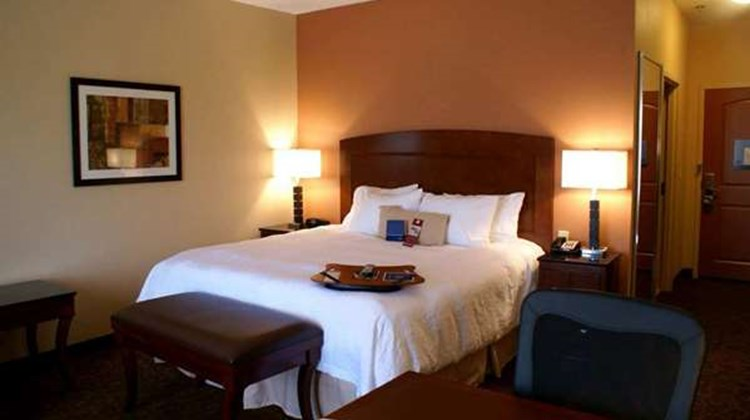 Hampton Inn & Suites Burleson Room