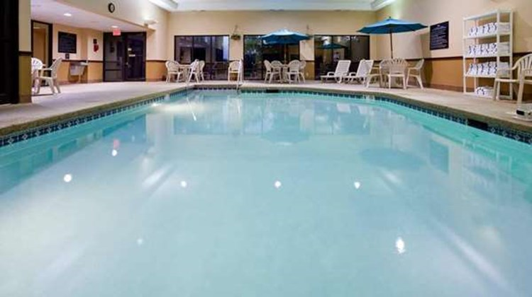 Hampton Inn Cedar Rapids Pool
