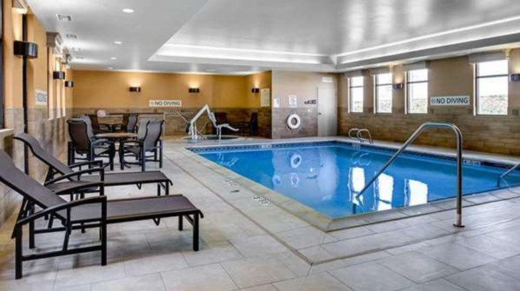 Hampton Inn & Suites - Dodge City Pool