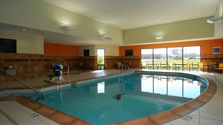 Hampton Inn & Suites Tulsa/Catoosa Pool