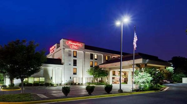 Hampton Inn Dumfries Exterior
