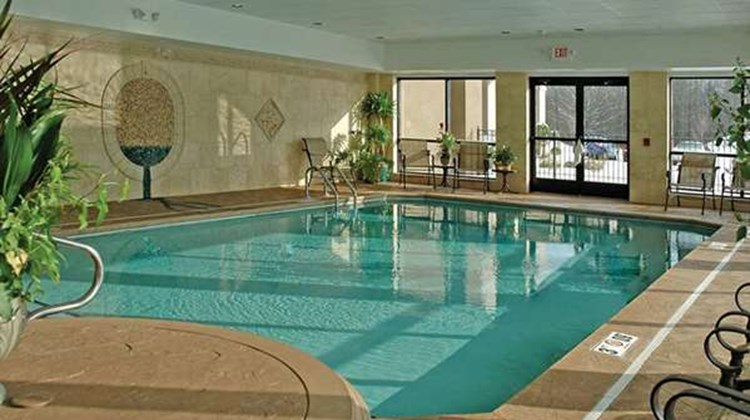Hampton Inn & Suites Youngstown-Canfield Pool
