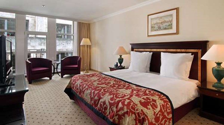 Hilton Antwerp Old Town Room