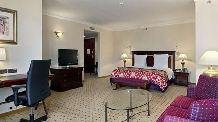 Hilton Antwerp Old Town Suite